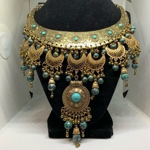 Jewelry - Brass gold turquoise cleopatra statement necklace
